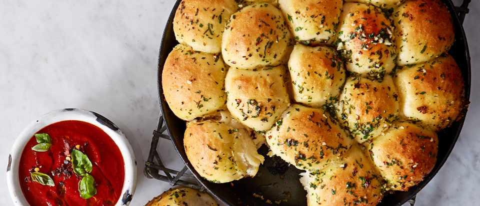 Cheesy garlic dough balls