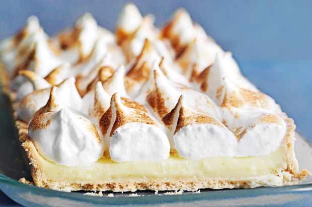 Limoncello meringue pie