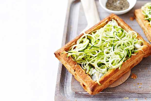 Courgetti, ricotta and tarragon tarts