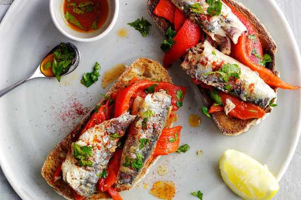 10-minute sardines and peppers on toast
