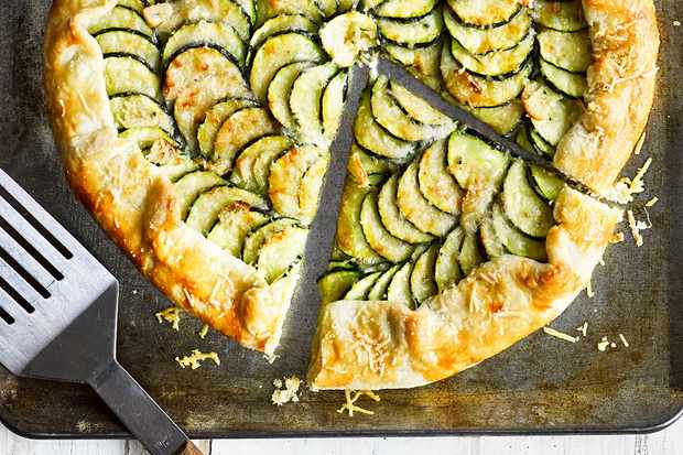 Freeform courgette galette