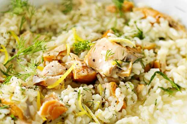 Hot-smoked salmon, dill and lemon risotto