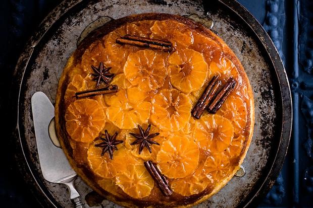 """Gâteau renversé aux clémentines épicées """"title ="""" Gâteau renversé aux clémentines épicées """"/>   <p><em> Vous cherchez des recettes de clémentines? Vous voulez les meilleures <a href="""