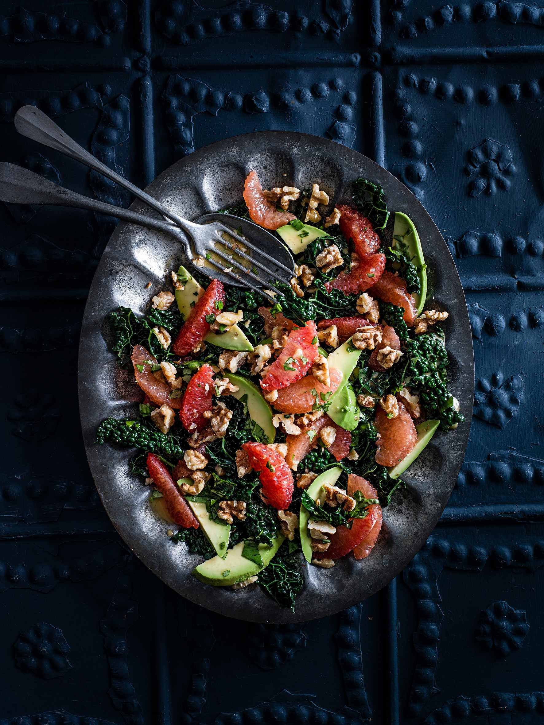 Cavolo nero, pink grapefruit, avocado and walnut salad