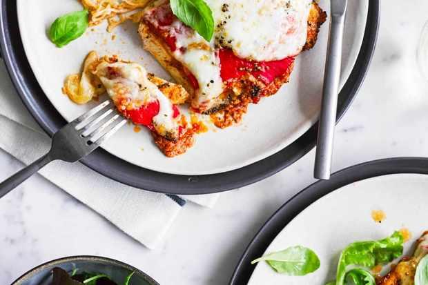 chicken-and-red-pesto-melts