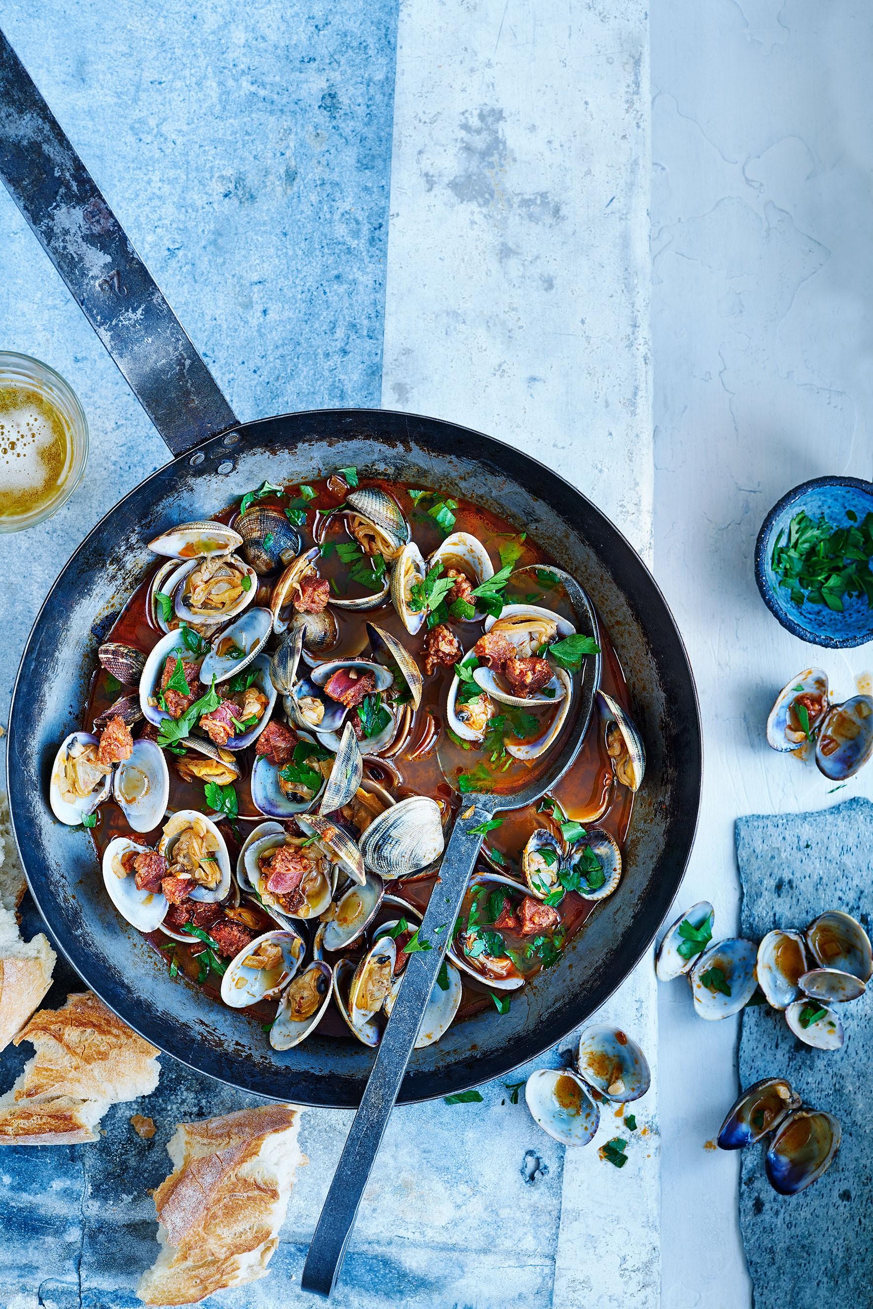 drunken clams with chorizo