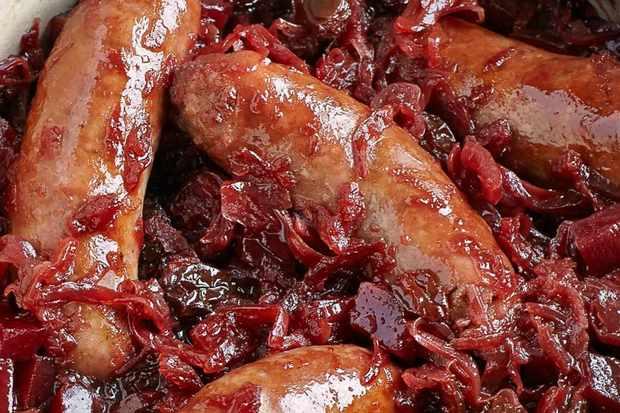 sausage cabbage hotpot