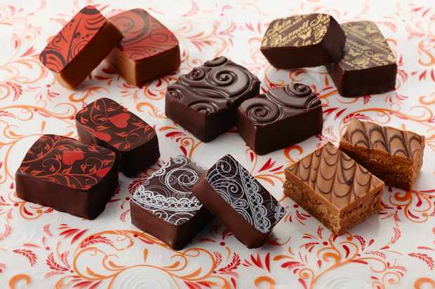 Highland Chocolatier Enrobed Arrangementl