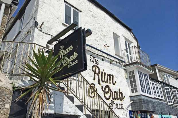 Rum & Crab shack