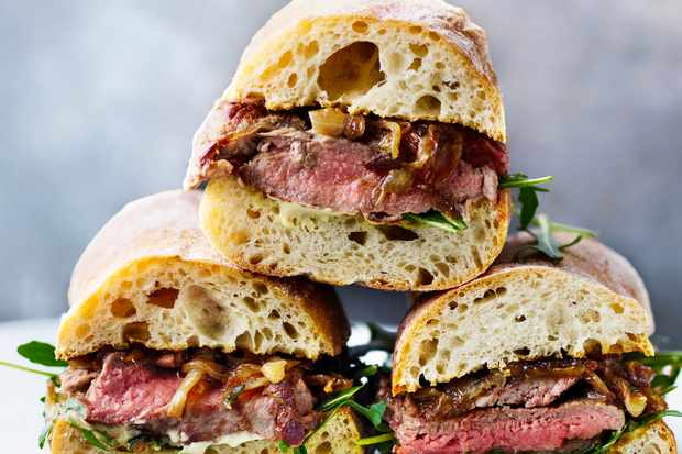 Steak_Sarnie
