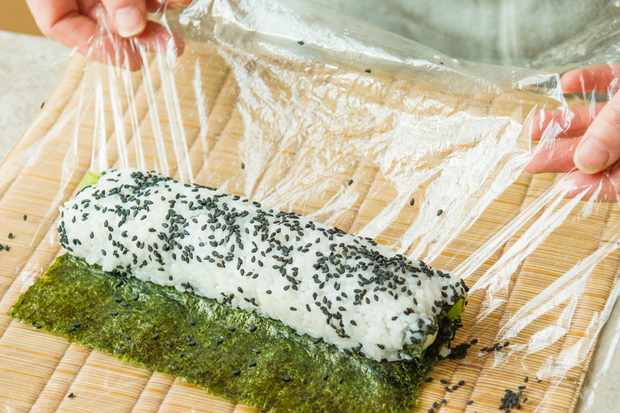 Step 7: Take off the clingfilm and trim the nori