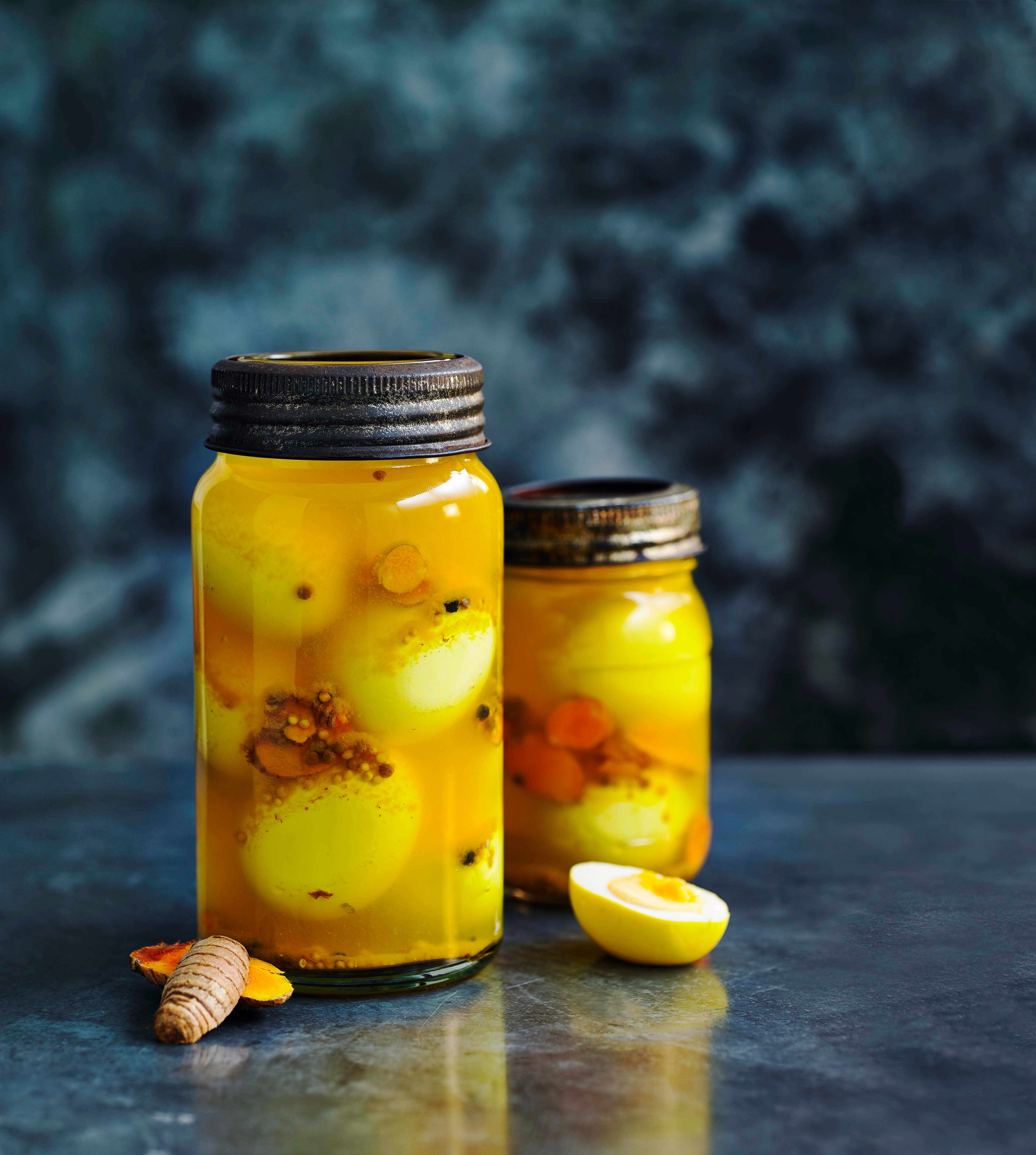 Quick Turmeric Pickled Eggs