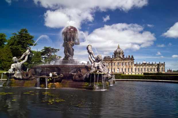 The Atlas Fountain © Mike Kipling