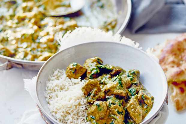 Creamy lamb, spinach and cashew curry
