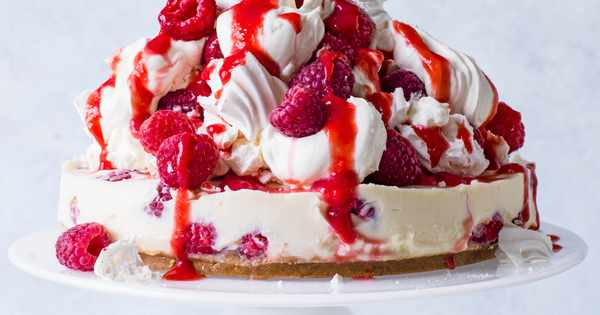 Yorkshire Pudding For 2 >> Eton Mess Cheesecake Recipe - olivemagazine
