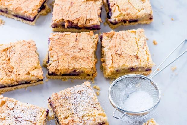 Lemon and Blueberry Tray Bake Recipe