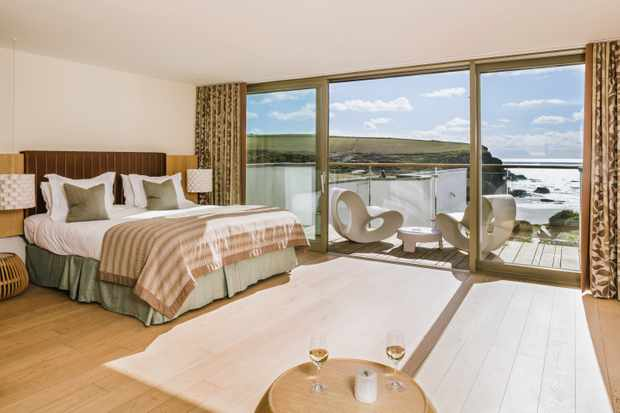 The Scarlet, North Cornwall - Spacious Room - Room and View