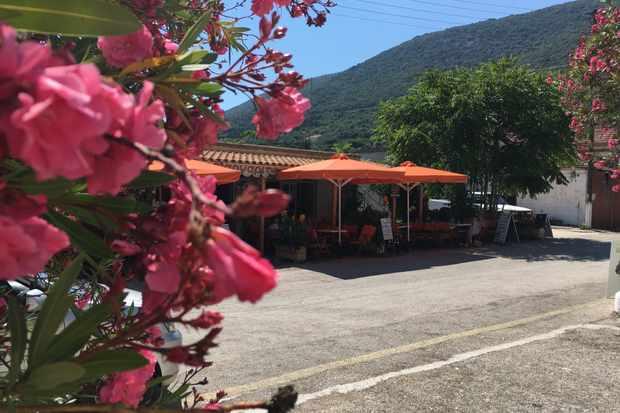 Cafe Margarita, Main road, Stavros