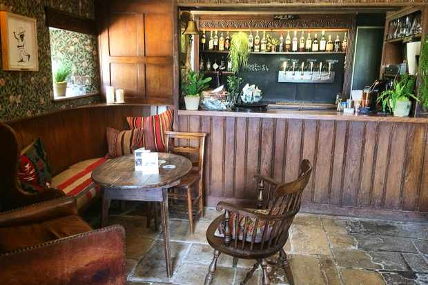 The Bar at Artist Residence Oxfordshire, Mr Hanbury Masons Arms