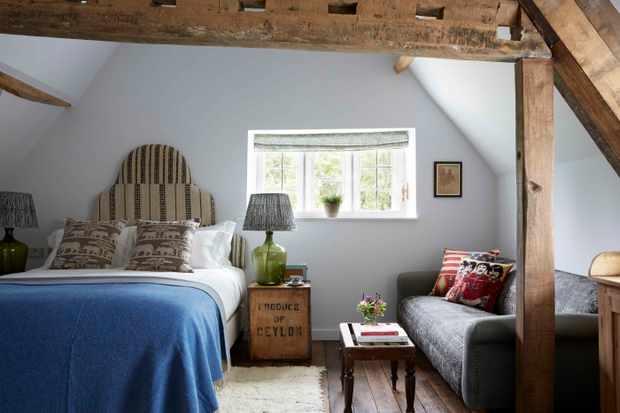 Farmhouse Loft Room at Artist Residence Oxfordshire