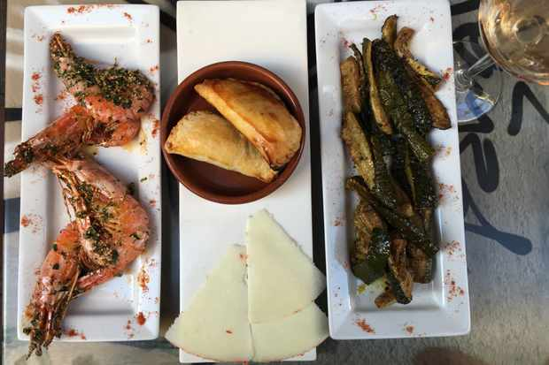 Plate of gambas at Alegria