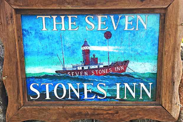 Isles of Scilly, The Seven Stones Inn sign