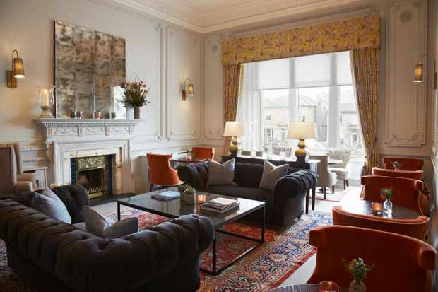 The Dunstane Houses, Edinburgh - Lounge area