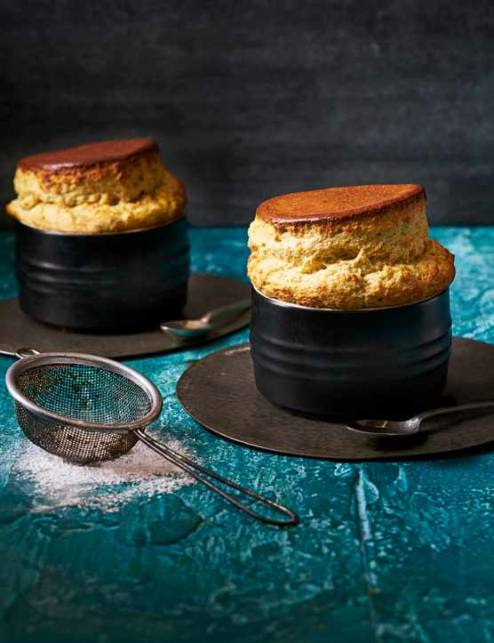 Pistachio and white chocolate soufflé