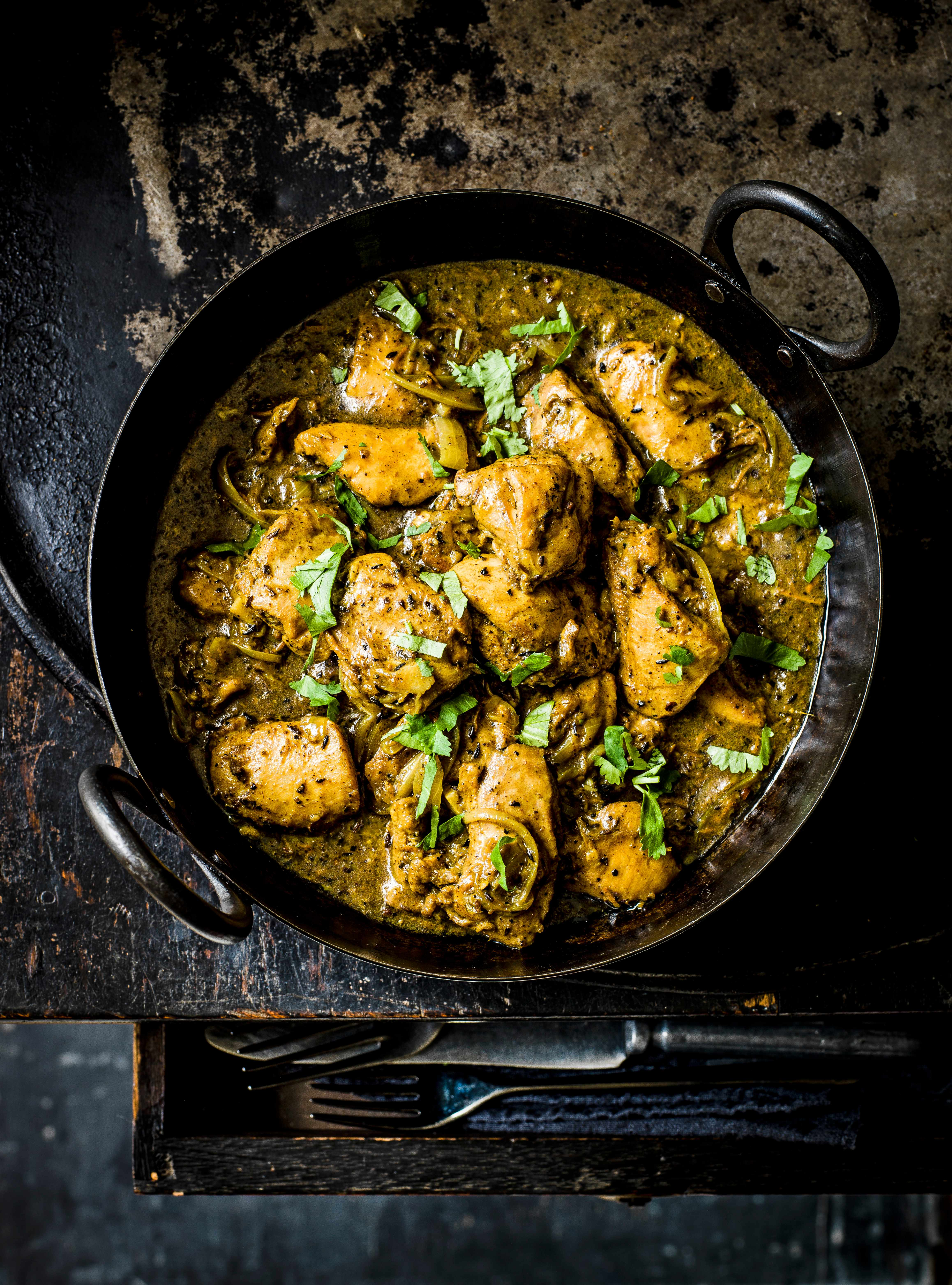 Indian Chicken Curry Recipe With Garlic and Black Pepper