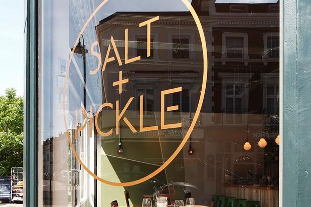 Salt + Pickle - outside sign
