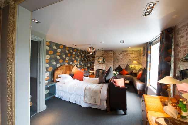 The Five Bells Inn, Ortega bedroom