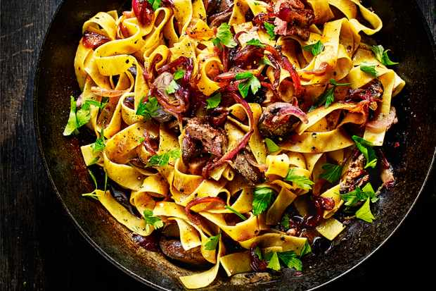 Pappardelle Pasta Recipe with Duck Livers and Caramelised Onions