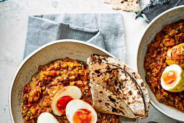 Spiced crispy egg and lentil curry recipe