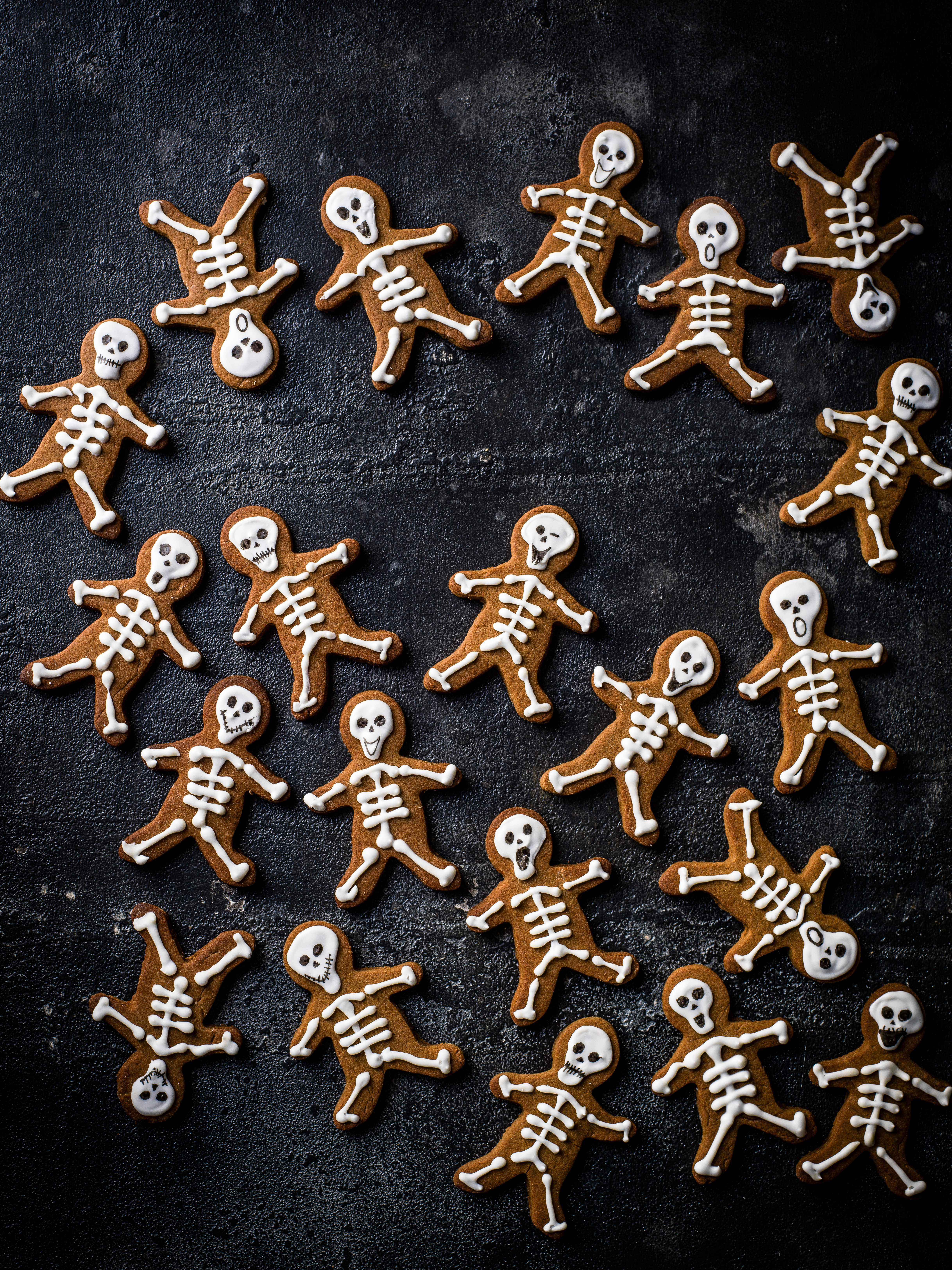 Skeleton gingerbread men recipe