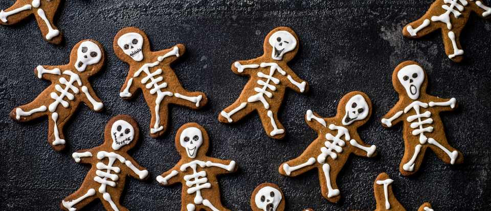 Skeleton gingerbread men recipe