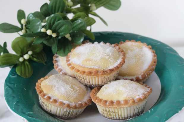 Dunn's bakery mince pies