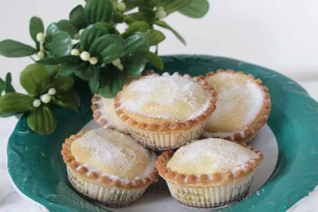 Dunn's bakery mince pies