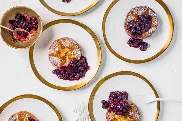 French Toast Recipe with Blueberry Compote