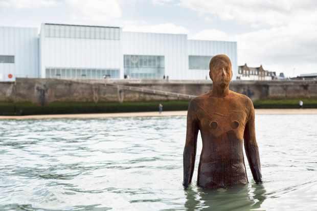 Antony Gormley statue at Margate