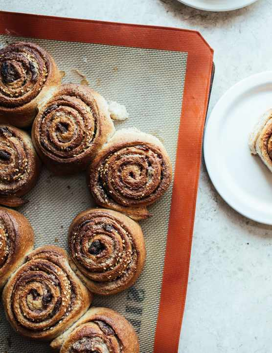 Vegan Cinnamon Rolls Recipe With Tahini, Cardamom and Dates