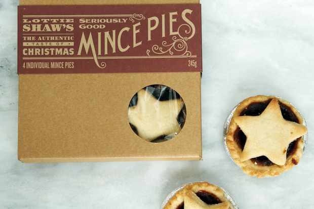 mince pies on marble plan view