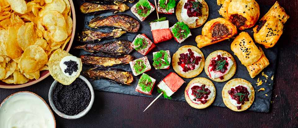 Christmas In July Party Food.25 Easy Christmas Canapes Recipes For Christmas Party Food