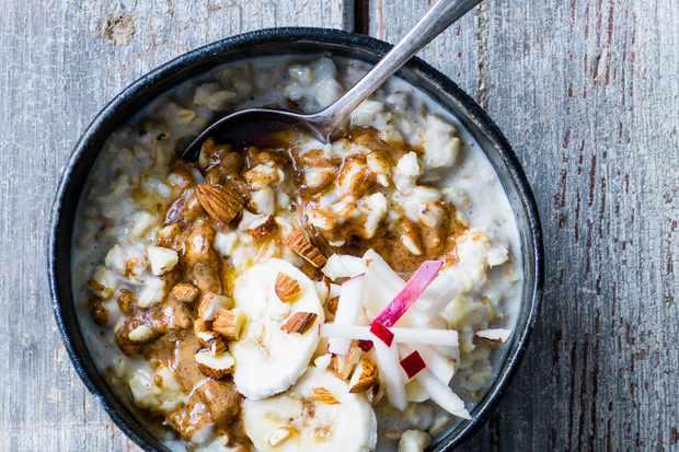 Almond butter, banana and apple porridge