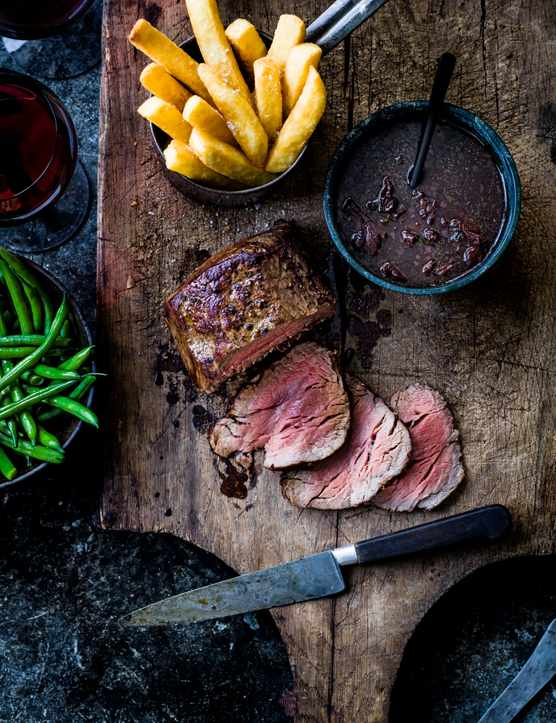 Beef Fillet Recipe with Port Sauce and Chips