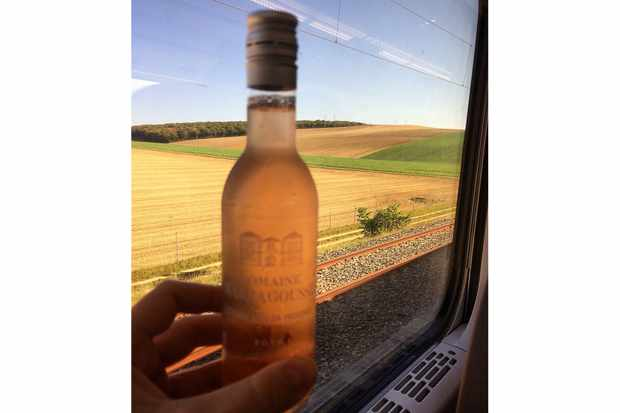 Rosé on the Eurostar London Avignon