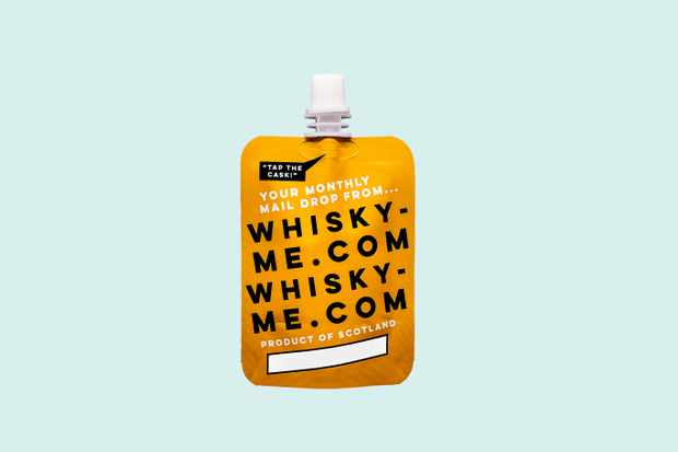 Whisky me pouch