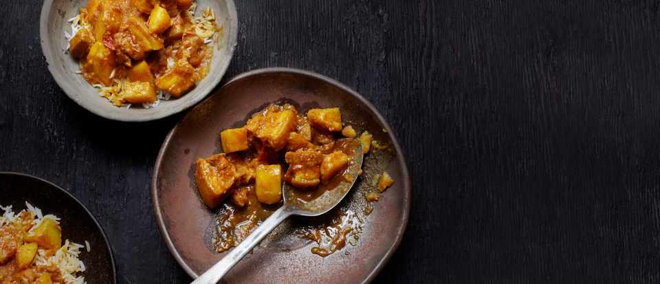 Burmese Pork Curry Recipe with Potato