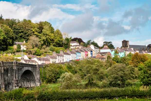 LLandeilo, Carmarthenshire, Wales, UK. The town stands above the River Towy (Tywi)