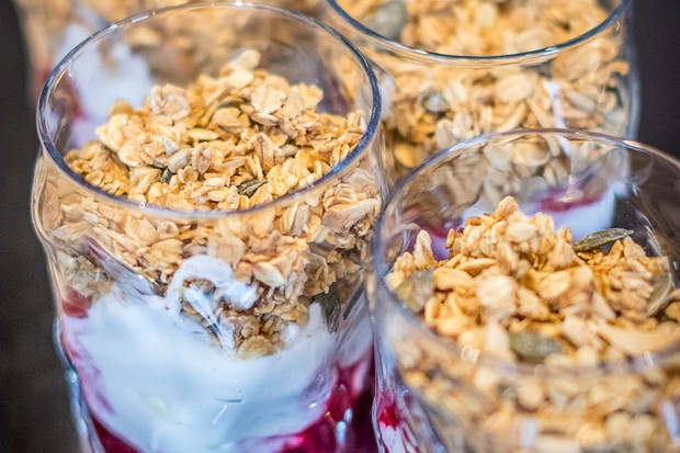 Breakfast | The Bull Start - granola and compote