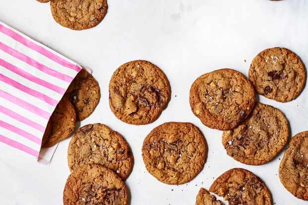 Dark Chocolate Cookies Recipe with Walnuts